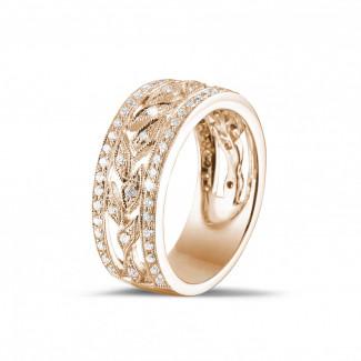 ピンクゴールドダイヤモンドリング - 0.35 カラットの小さなラウンドカットダイヤモンド付きピンクゴールドワイドフローラルエタニティリング