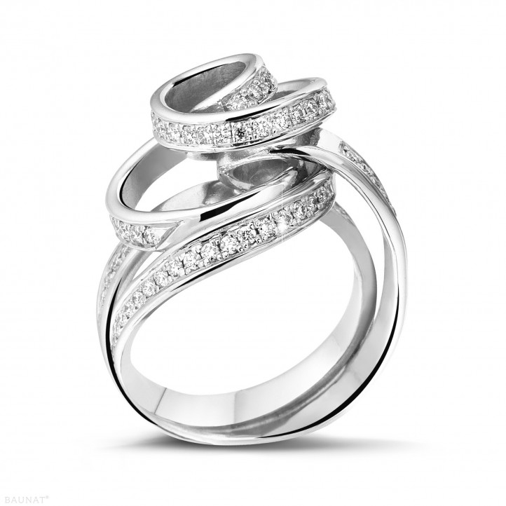 0.85 カラットのプラチナダイヤモンドデザインリング