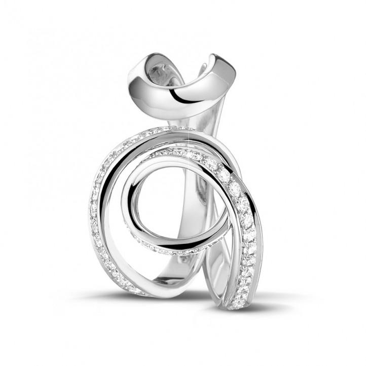 0.55 カラットのプラチナダイヤモンドデザインリング