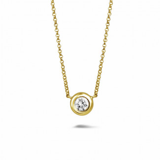 ダイヤモンドネックレス - 0.70 カラットのイエローゴールドダイヤモンドサテライトペンダント