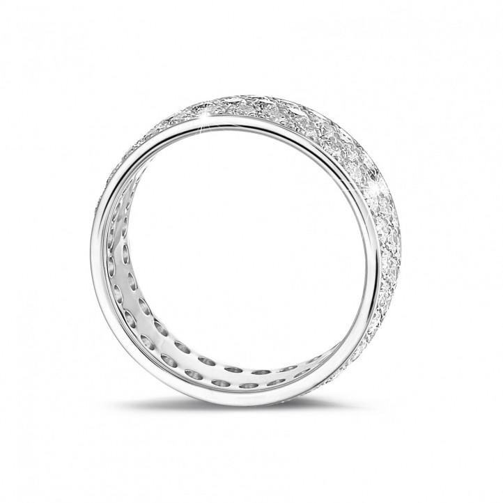 1.70 カラットの3列のラウンドダイヤモンド付きホワイトゴールドエタニティリング(フルセット)