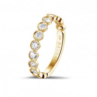 イエローゴールドダイヤモンドリング - 0.70 カラットのイエローゴールドダイヤモンド重ね付けビーズリング
