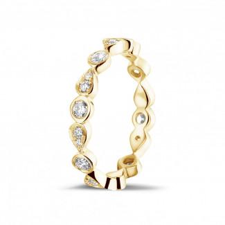 イエローゴールドダイヤモンドリング - 0.50 カラットのペアーデザイン付きイエローゴールド重ね付けダイヤモンドエタニティリング