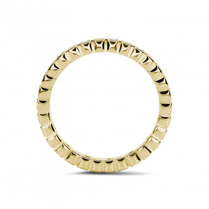 0.07 カラットのイエローゴールドダイヤモンド重ね付けチェッカーリング