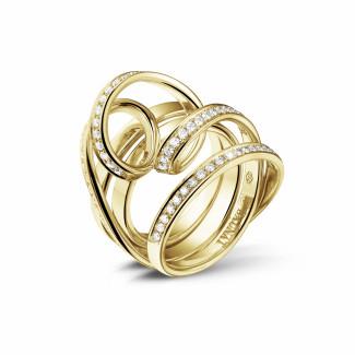 イエローゴールド - 0.77 カラットのイエローゴールドダイヤモンドデザインリング