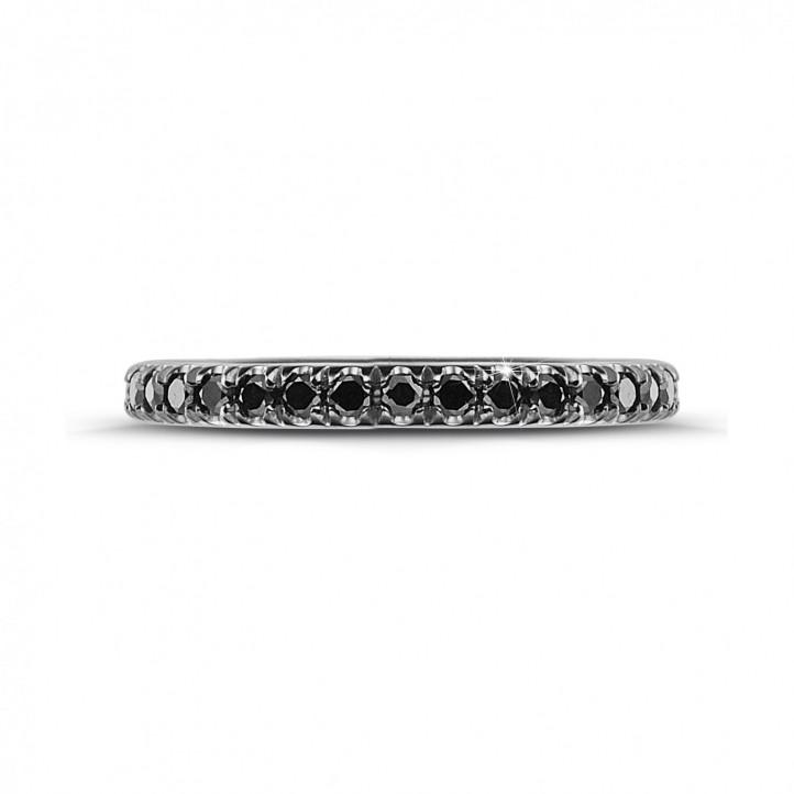 0.55 カラットのブラックダイヤモンド付きホワイトゴールドエタニティリング(フルセット)