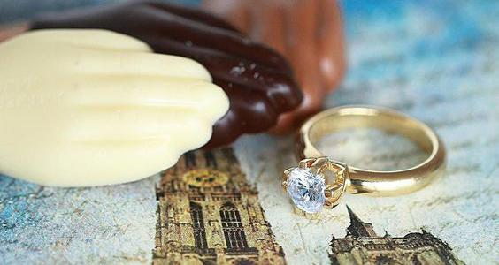 8e79d32ccecc45 Geelgouden diamanten ring van BAUNAT op afbeelding van Antwerpen