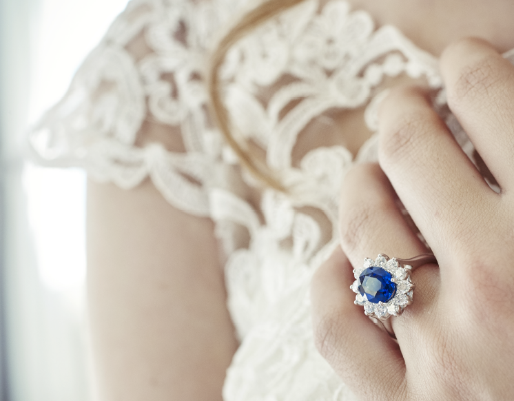 White gold engagement ring with blue sapphire by BAUNAT
