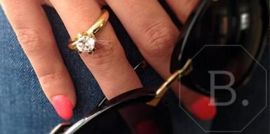 Klassiker : diamantener Verlobungsring in Gold