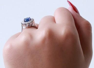The celebrities and their diamond jewellery