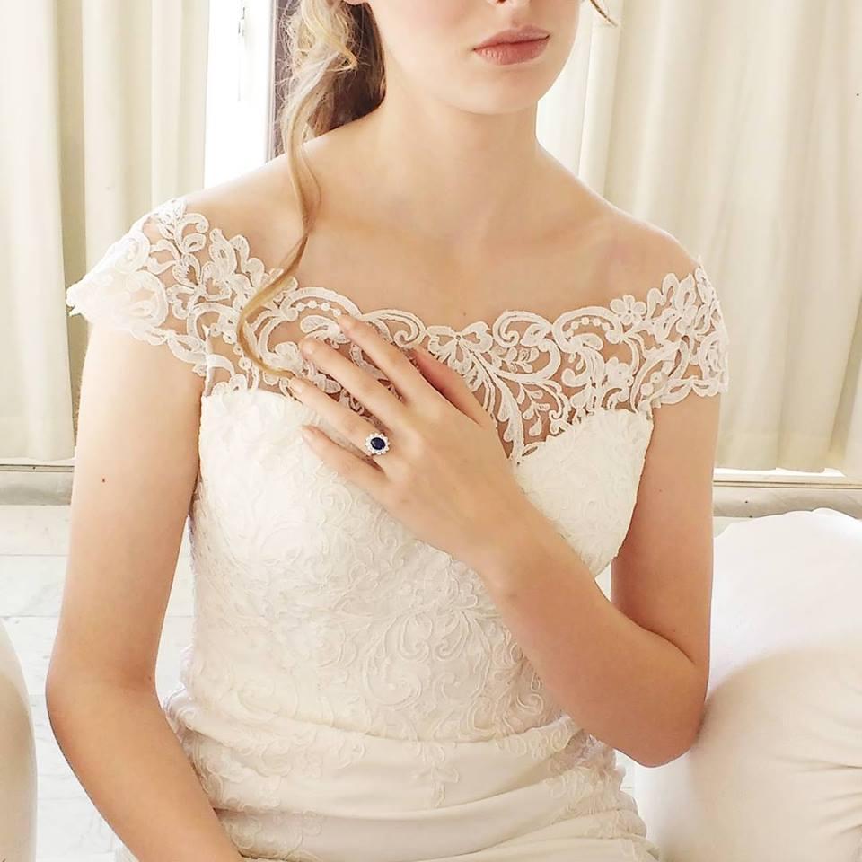 How to match your wedding dress to your diamond wedding set
