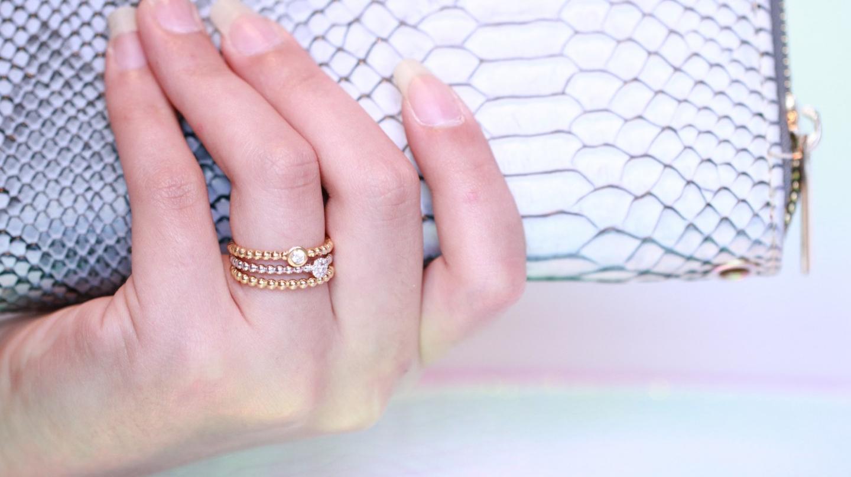 This year's trendiest wedding rings & wedding themes