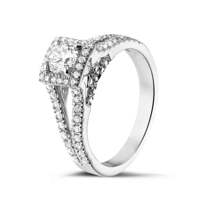 0.50 karaat diamanten solitaire ring in platina met zijdiamanten