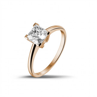 1.25 caraat solitaire ring in rood goud met princess diamant