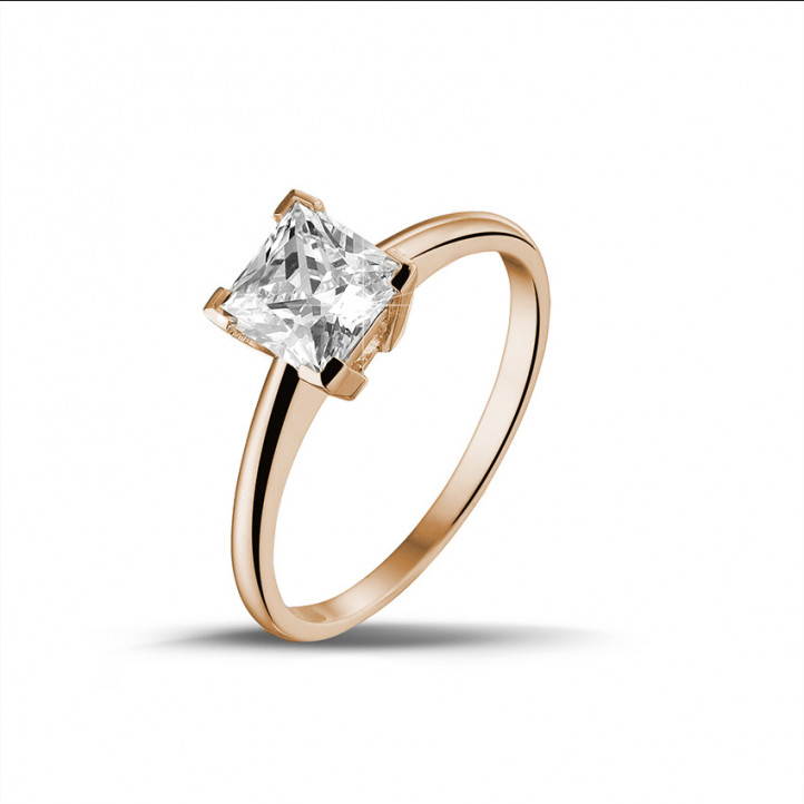 1.25 karaat solitaire ring in rood goud met princess diamant