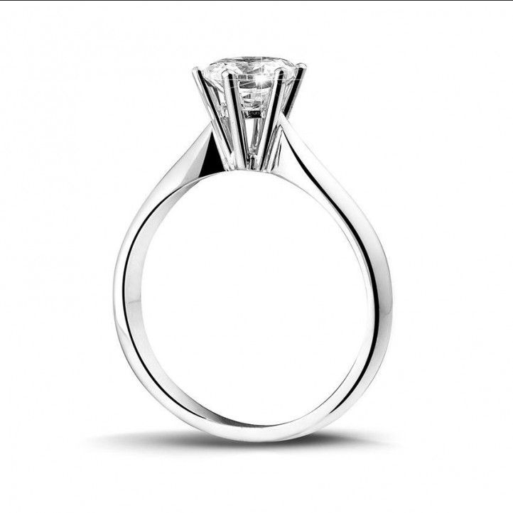 1.00 karaat diamanten solitaire ring in platina