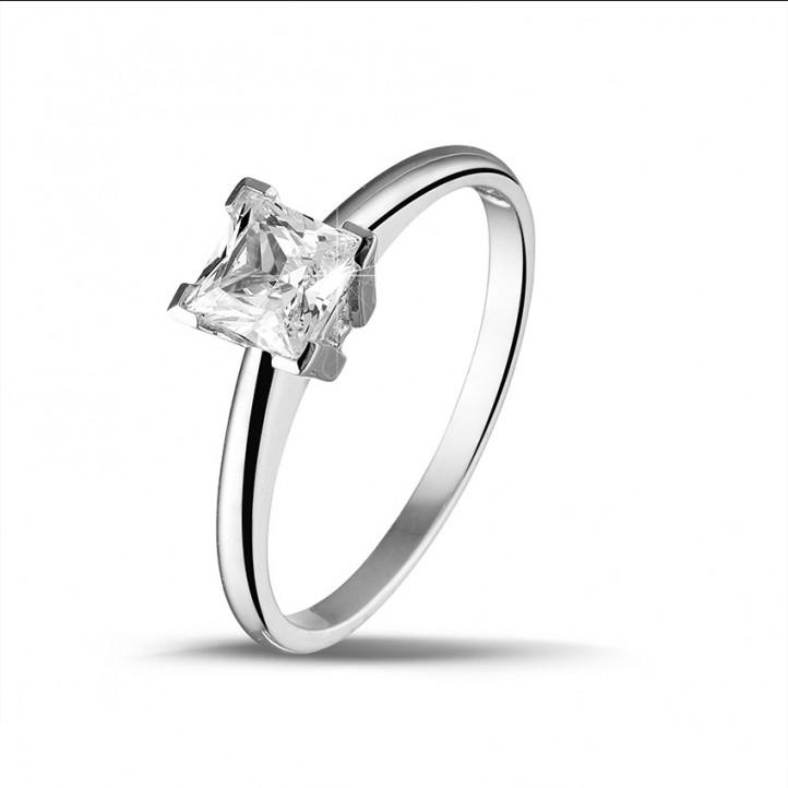 1.00 karaat solitaire ring in wit goud met princess diamant van uitzonderlijke kwaliteit (D-IF-EX)