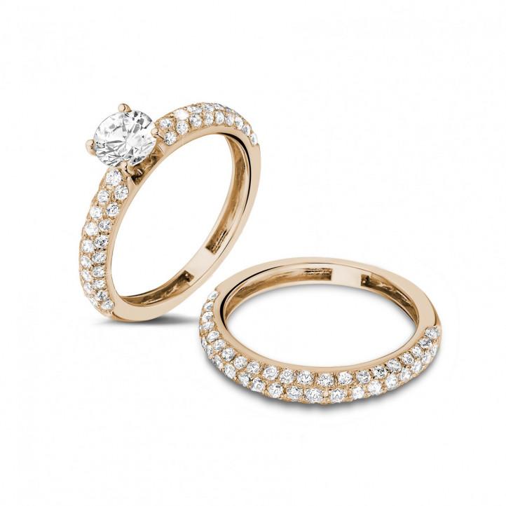 Set roodgouden diamanten trouwring en verlovingsring met 0.70 karaat centrale diamant en kleine diamanten
