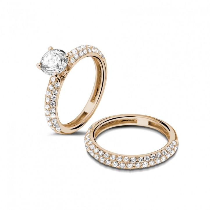 Set roodgouden diamanten trouwring en verlovingsring met 1.00 caraat centrale diamant en kleine diamanten