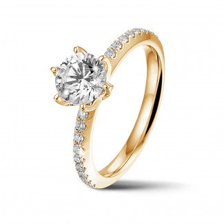 Ringen - BAUNAT Iconic 1.00 karaat solitaire ring in geel goud met zijdiamanten