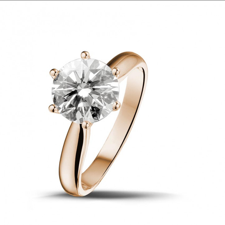2.00 caraat diamanten solitaire ring in rood goud