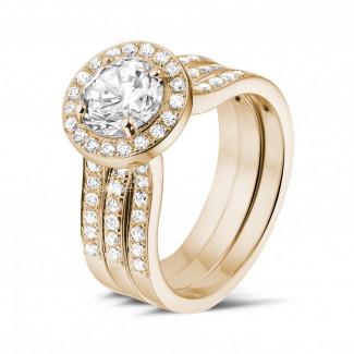- 1.20 karaat diamanten solitaire ring in rood goud met zijdiamanten