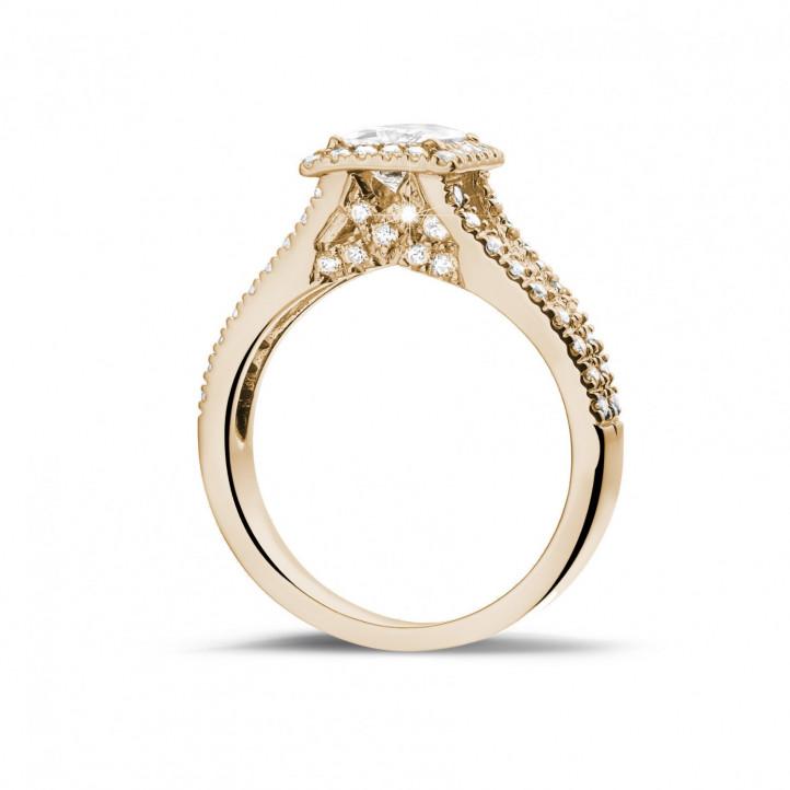 1.50 karaat solitaire ring in rood goud met princess diamant en zijdiamanten