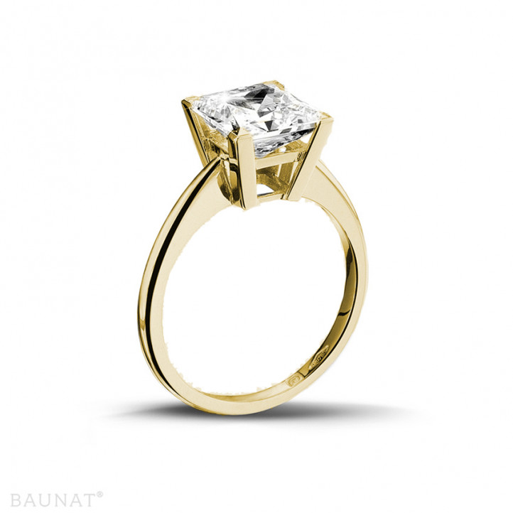 3.00 karaat solitaire ring in geel goud met princess diamant