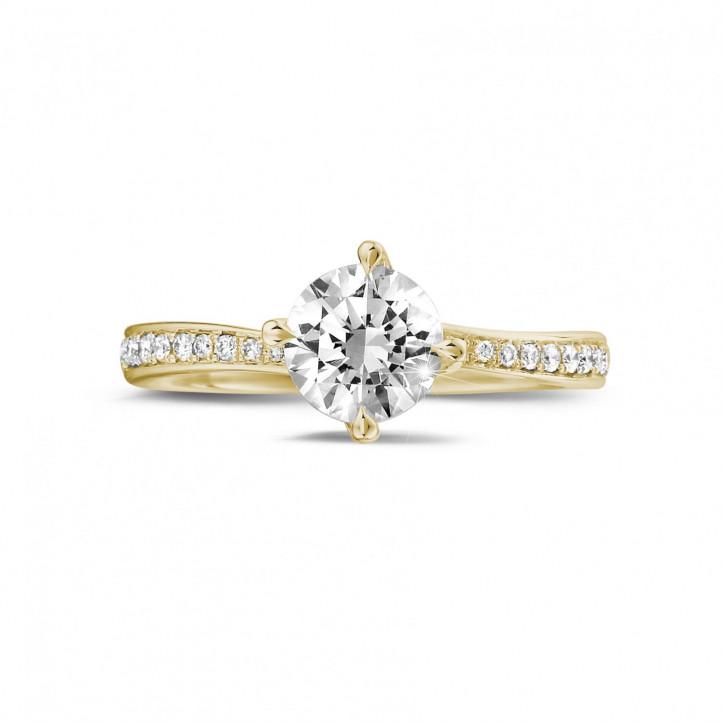 1.00 karaat diamanten solitaire ring in geel goud met zijdiamanten