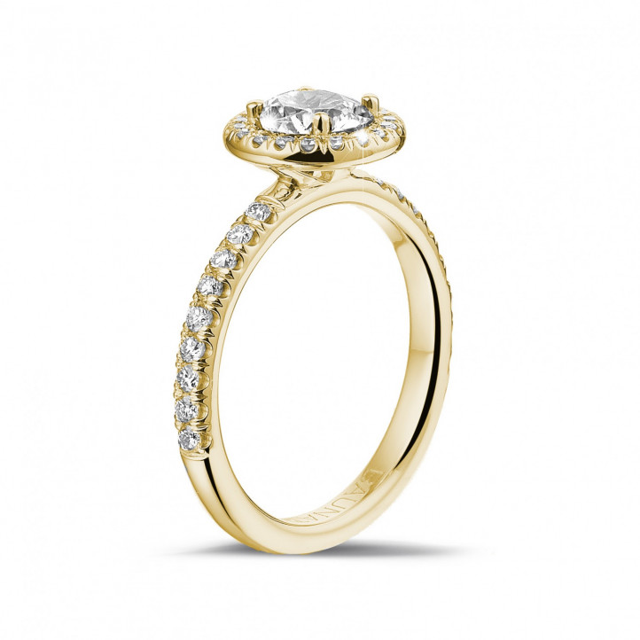 0.70 karaat Halo solitaire ring in geel goud met ronde diamanten