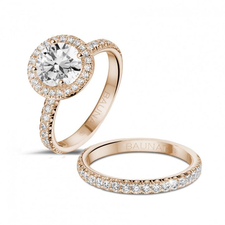 1.50 caraat Halo solitaire ring in rood goud met ronde diamanten
