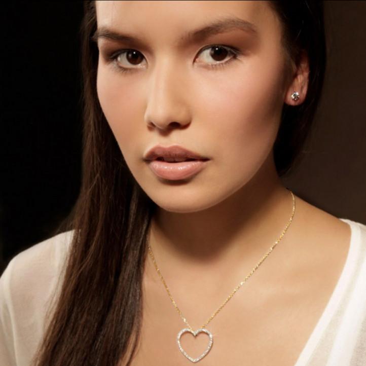 0.45 caraat diamanten hartvormige pendant in geel goud