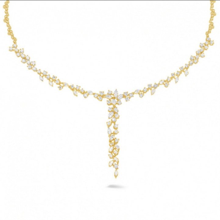5.85 caraat halsketting in geel goud met ronde en marquise diamanten