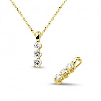 - 0.30 karaat trilogie diamanten hanger in geel goud