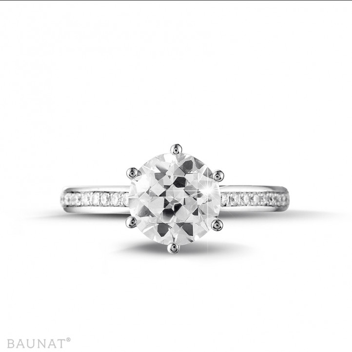 2.00 karaat diamanten solitaire ring in wit goud met zijdiamanten