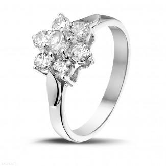 Ringen - 1.00 karaat diamanten bloemenring in wit goud