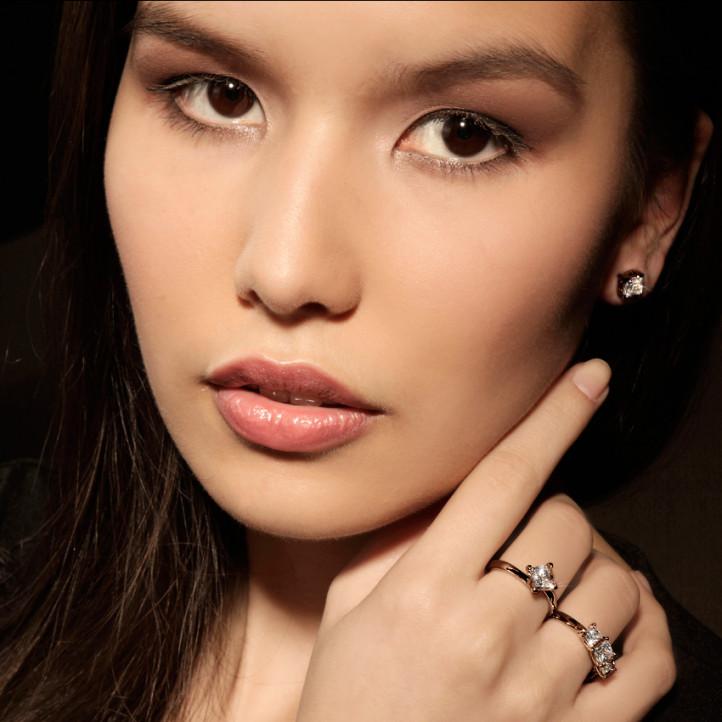 2.00 caraat trilogie ring in rood goud met princess diamanten
