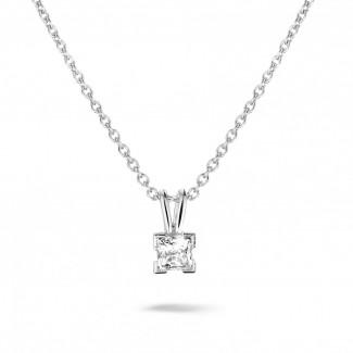 - 0.50 karaat solitaire hanger in wit goud met princess diamant