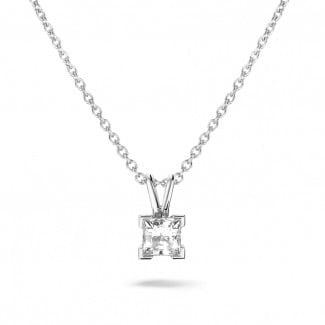 Halskettingen - 0.70 karaat solitaire hanger in wit goud met princess diamant
