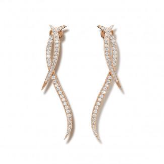 1.90 caraat diamanten design oorbellen in rood goud
