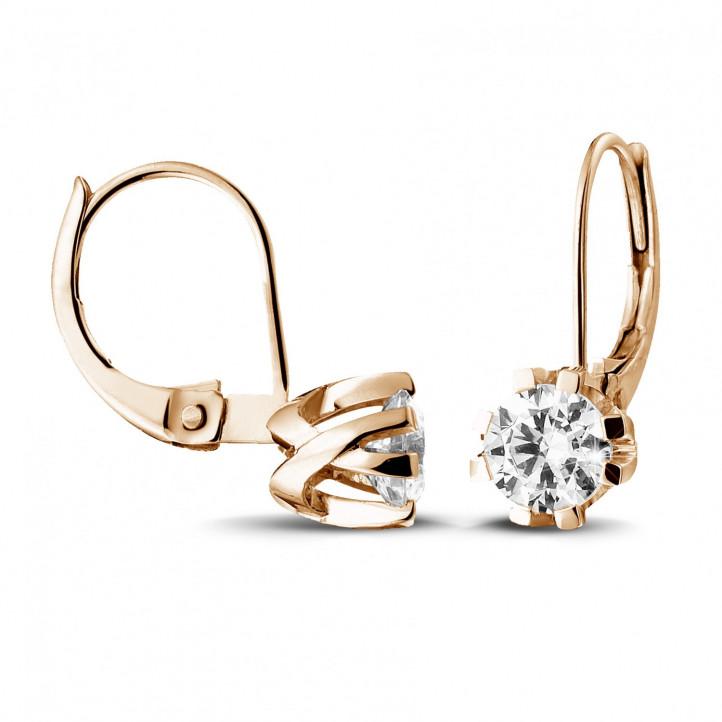 1.80 karaat diamanten design oorbellen in rood goud met acht griffen