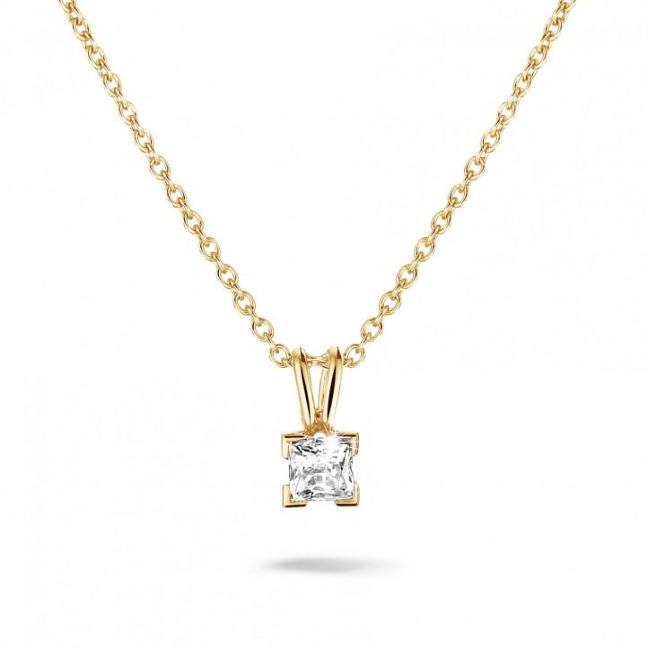 0.50 karaat solitaire hanger in geel goud met princess diamant