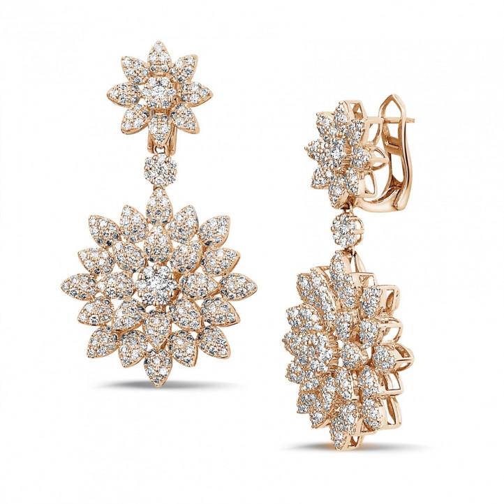 3.65 karaat diamanten bloemenoorbellen in rood goud