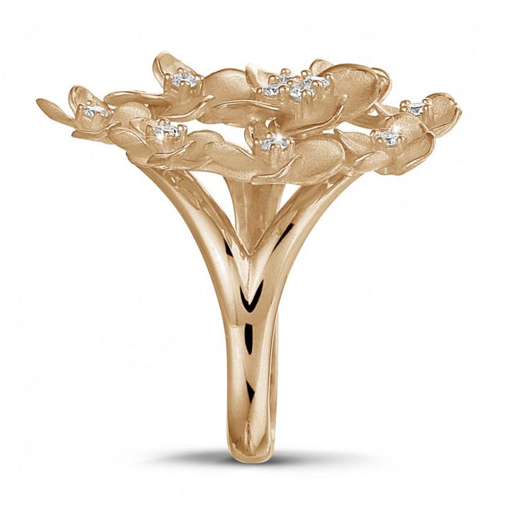 0.30 karaat diamanten design bloemenring in rood goud