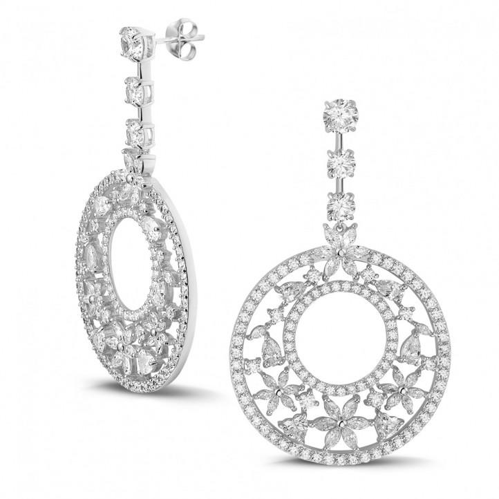12.00 karaat oorbellen in wit goud met ronde, marquise, peer- en hartvormige diamanten