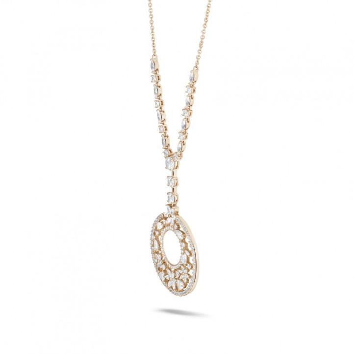7.70 karaat halsketting in rood goud met ronde, marquise, peer- en hartvormige diamanten