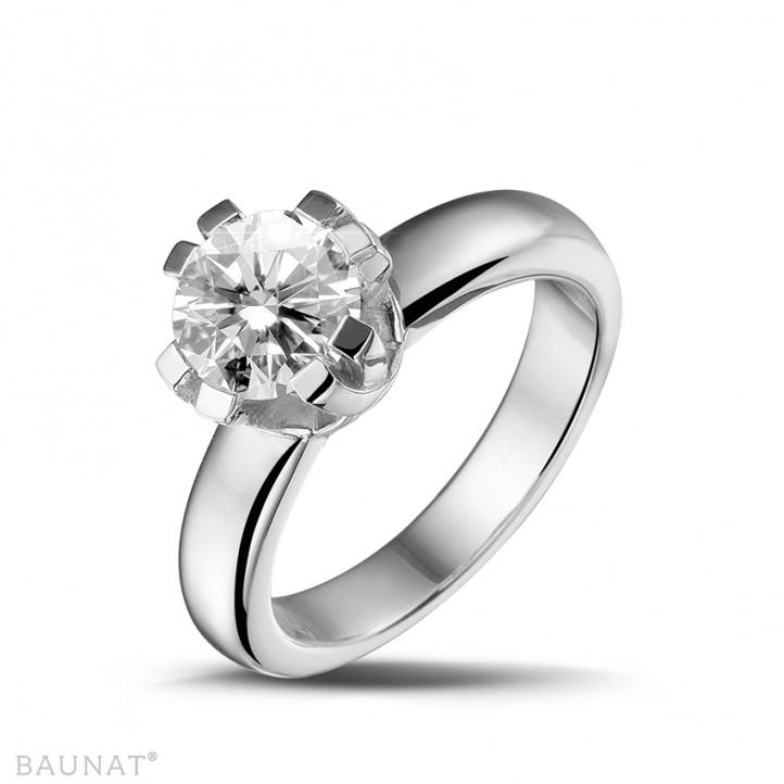 1.50 caraat diamanten solitaire design ring in platina met acht griffen