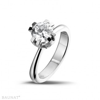 1.50 caraat diamanten solitaire design ring in platina met acht griffen