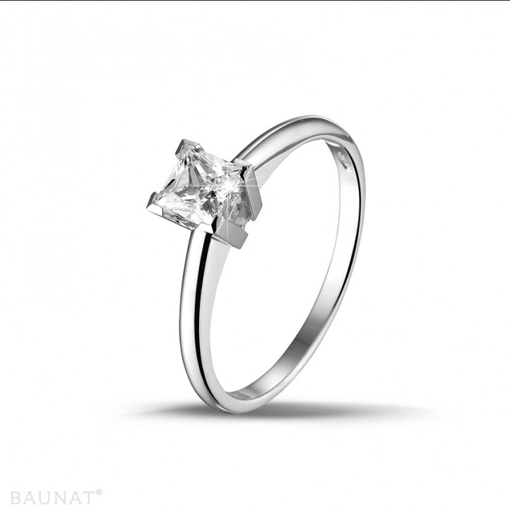 0.50 karaat solitaire ring in wit goud met princess diamant