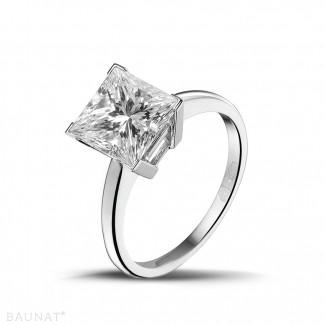 Witgouden Diamanten Ringen - 3.00 karaat solitaire ring in wit goud met princess diamant